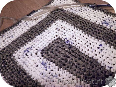 crochet plastic bag rug prosperitystuff quilts the plarn rug