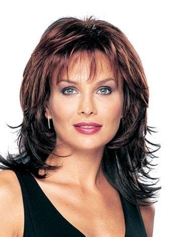 feathered hair styles for women over 50 25 best ideas about feathered hairstyles on pinterest