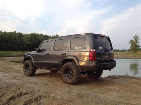 Lifted Jeep Commander 25 Best Ideas About Jeep Commander On Jeep
