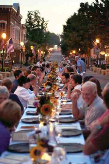 farm  table dinner supports farmers market community