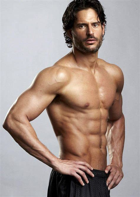 joe manganiello bench press 18 celebrities who strive to stay fit
