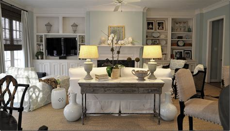 Apartments: Awesome Living Room Design With White