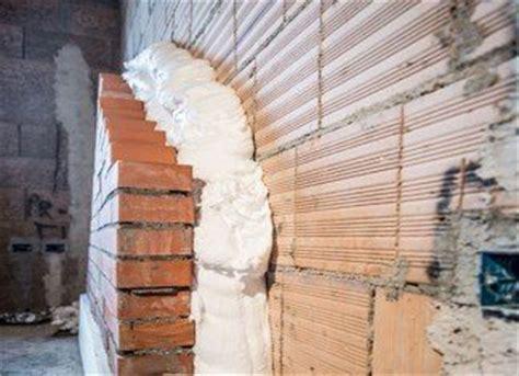 come coibentare una parete interna isolanti insufflaggio coibentare casa