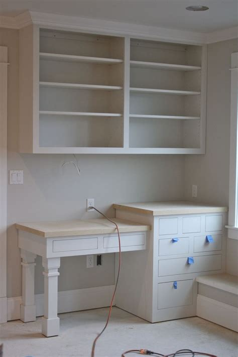 build corner bookcase woodworking projects plans
