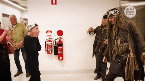 Johnny Depps Hospitalized by Boyega Visits A Hospital As Finn Pics