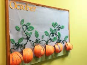 fall bulletin board decorations this was my october bulletin board the leaves the