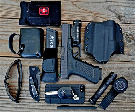 """September   October 2014 """"What's in Your Pockets Contest""""   Win an ITS Tactical Gift Certificate"""