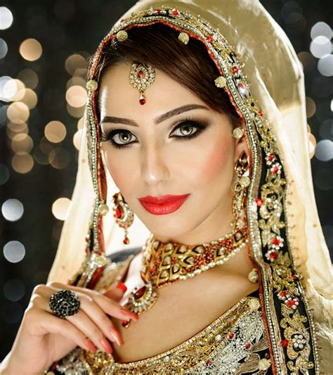 best bridal makeup artists in delhi top 15 with photos best makeup artists in west delhi the world of make up