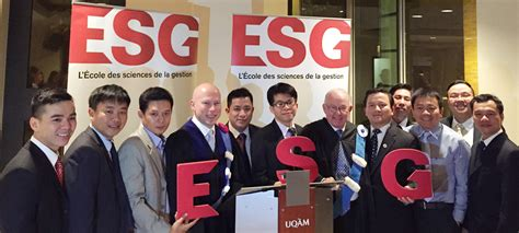 Uqam School Of Management Mba by Uqam Esg Nouvelles Vietnamiens Dipl 244 M 233 S Du Mba Pour