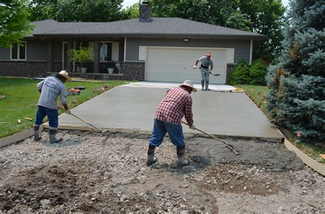 spreading and finishing concrete opp concrete wichita