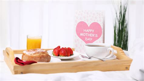 mother s day breakfast in bed mother s day gifts that won t break the bank redwigwam