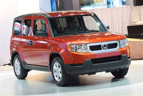 2010 honda element 2010 honda element equipped with a travel kennel new