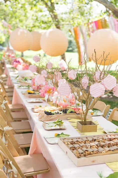 decoration fete anniversaire d 233 couvrir la d 233 coration de table anniversaire en 50 images