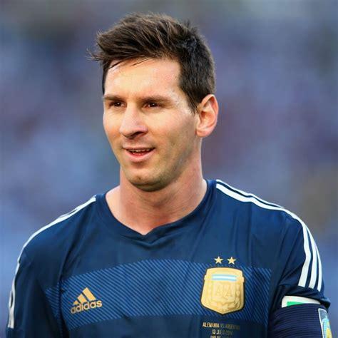 biography lionel messi bahasa inggris lionel messi biography soccer player lionel andr 233 s messi
