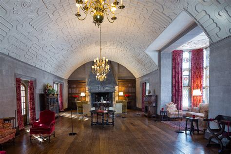 eleanor and edsel ford house look to the suburbs to understand the eclecticism of