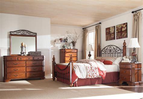 Wyatt Bedroom Set Wyatt Ashley Bedroom Suite Bed | ashley signature design wyatt b429 93 three drawer