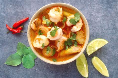 Tom Yum Goong how to make tom yum goong a spicy lemongrass and prawn thai soup evening standard