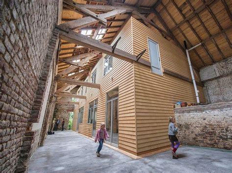 Haus Im Haus Scheune by Architekt Breidenbach Viersen Das Bauernhaus