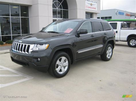 charcoal grey jeep grand cherokee 2011 dark charcoal pearl jeep grand cherokee laredo x