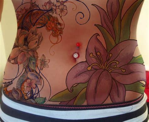 flower tattoo on stomach beautiful flowers stomach tattoo tattoomagz