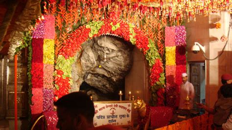 maa vaishno devi room booking shri mata vaishno devi shrine board holy shrine darshan