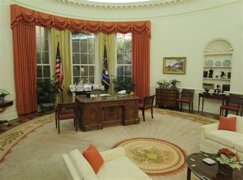 oval office tour at the ronald reagan library youtube air force one reagan library aces flying high