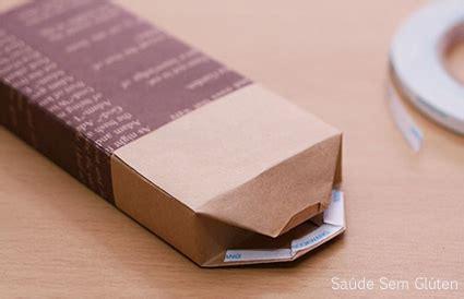 escolha um papel de presente com a esta que desejar e recorte a em sa 250 de sem gl 250 ten pacote de presente 1