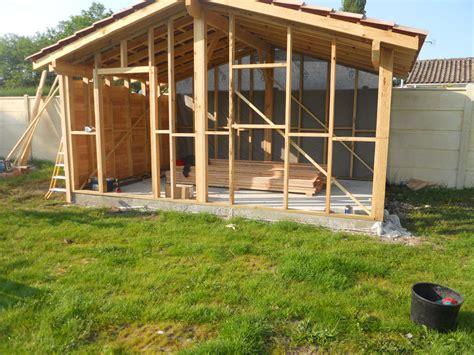 Plan Construction Abri De Jardin by Construction D Abri De Jardin En Bois Les Cabanes De