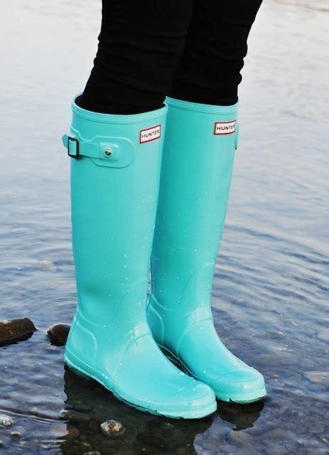 light blue hunter boots tiffany blue hunter rainboots on the hunt