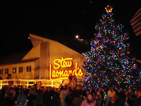 holiday events at stew s in norwalk stew leonard s