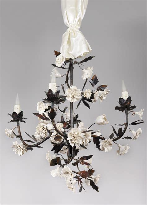 Lustre Fleurs by Le Cabinet De Porcelaine Historique