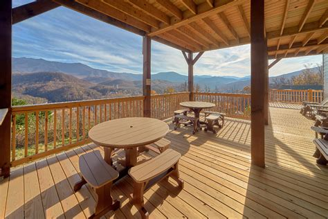 Highlands Cabin Rentals by 8 Bedroom Sleeps 41 Highlands View Lodge By Large Cabin