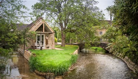 Island Cottages cotswolds island cottage for couples cirencester