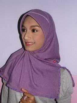 Kerudung Muslimah Terbaru Kerudung Remaja Muslimah Model Terbaru 2011 Jilbab Terbaru