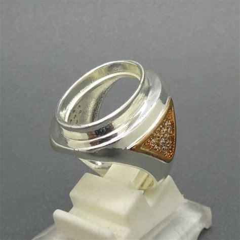 Cincin Perak Pria cincin perak pria elegan pusaka dunia