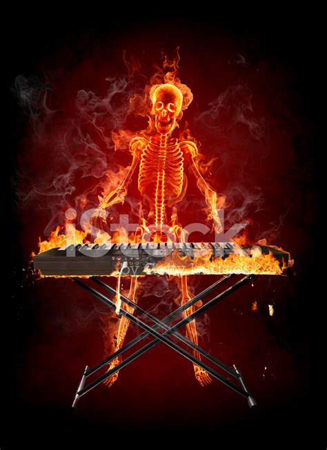imagenes de calaveras tocando instrumentos fire skeleton keyboardist stock photos freeimages com