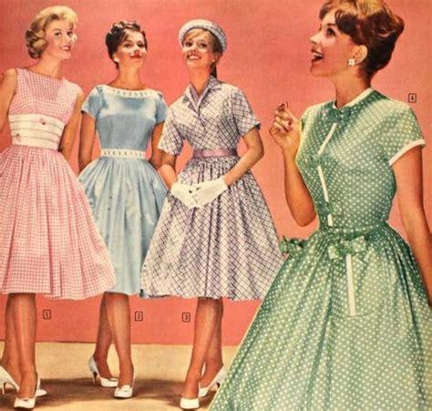so um yeah i m a closet vintage dress especially