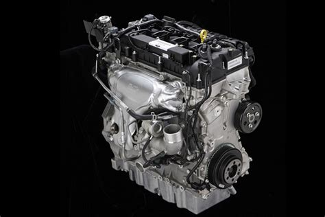 lincoln ecoboost engine lincoln mkc debuts with the 2 3 liter ecoboost we re