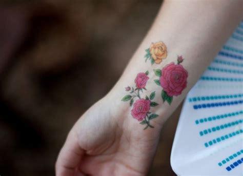 small rose wrist tattoos best 25 small tattoos ideas on small
