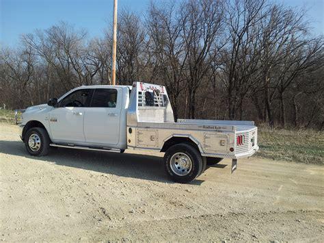 bradford truck bradford aluminum 4 box flatbed dickinson truck equipment