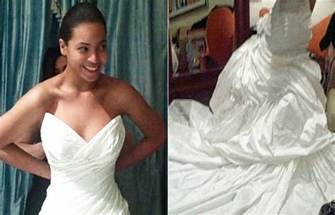 beyonce video wedding dress beyonc 233 s wedding dress finally revealed instyle