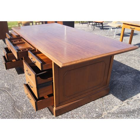 Jasper Desk For Sale by Midcentury Retro Style Modern Architectural Vintage