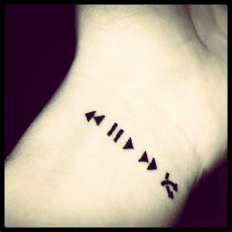 heartbeat stop tattoo tatuaje tattoo tatto play pause stop aleatorio