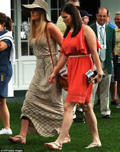Flat Shoes Golfer Gf 5006 tiger woods vonn shows up at 2013 masters tournament daily mail