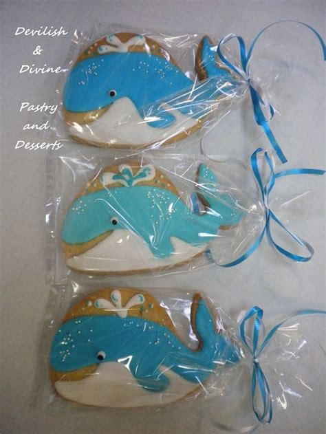 baby shark cookies cute whale cookie favors baby cakes and more awwwwwww