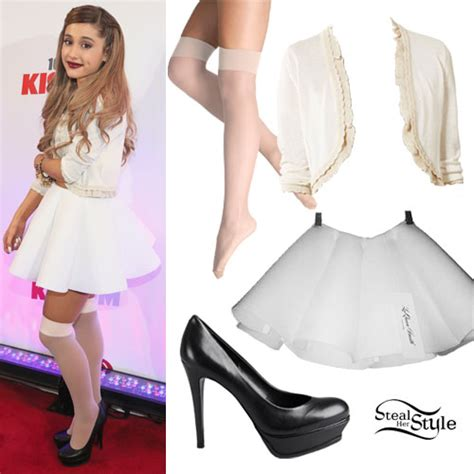 tuesday december 23 2014 stuff black people dont like steal her style ariana grande leaving a little sparkle