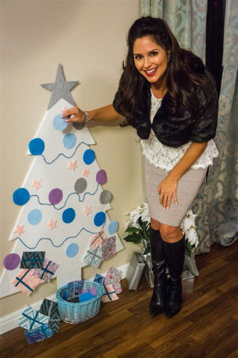 tanya memmes interactive christmas tree