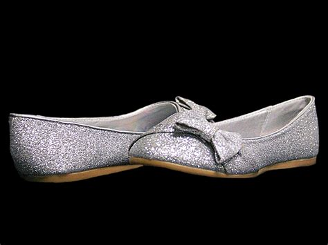 Sepatu Flat Shoes Cewe Glitter Silver silver glitter childrens flat shoes w bow