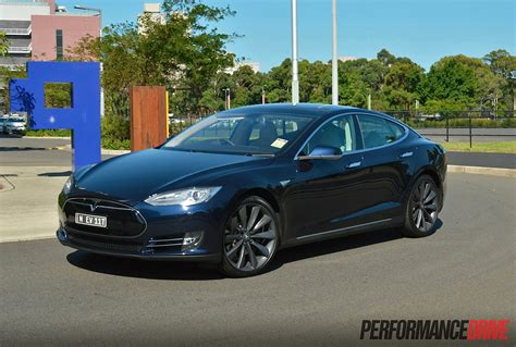 p85 tesla tesla model s p85 review performancedrive