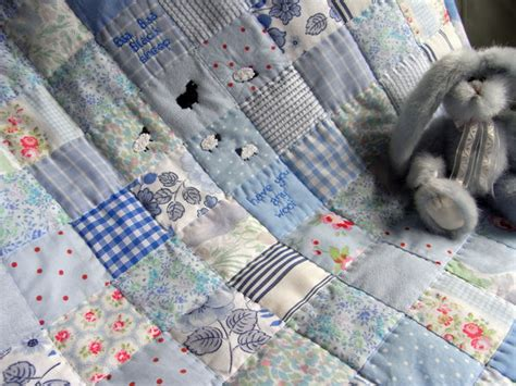 How To Wash Quilt At Home by How To Clean A Quilt 5 Different Options Crafty House